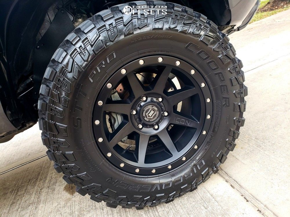 12 2017 Toyota Rough Country Suspension Lift 3in