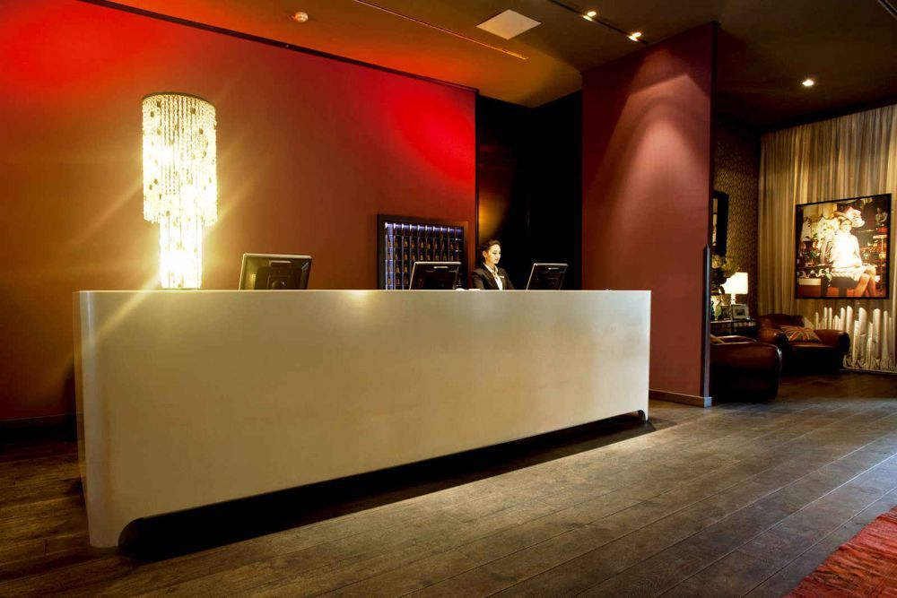 Britische Tradition Mit Einem Touch Moderne. Das Hamburger Design ... Modernes Design Spa Hotel