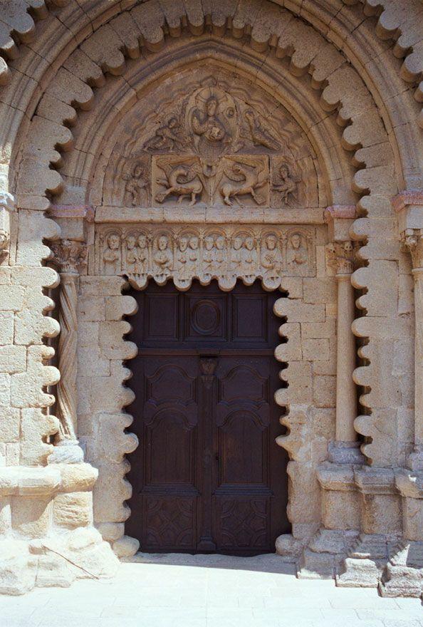 Ganagobie Monastary portal, Provence