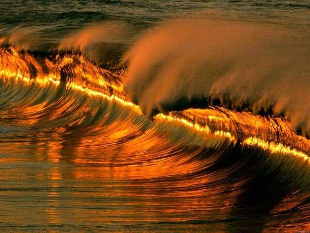 Unbeschreibliche schöne Wellen