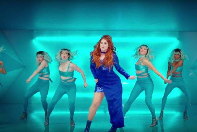 I Want Her Beautiful Blue Dress Totally Will Ask If Can Use That For One Of Music Videos Meghan Trainor Releases Me Too