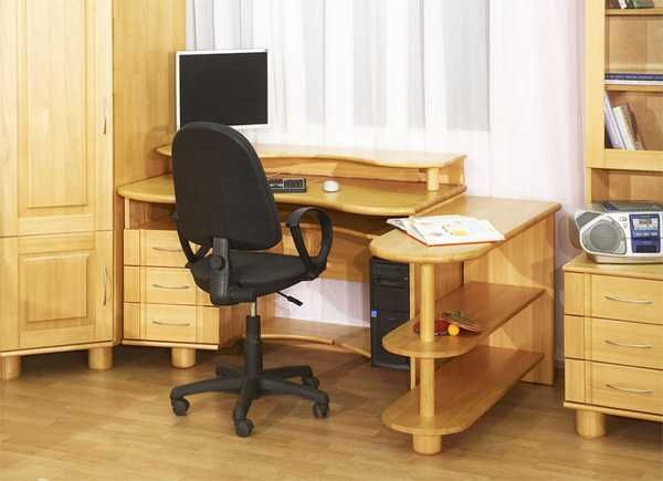 How To Select The Best Student Desk And Chair For Ergonomic Kids Room Design