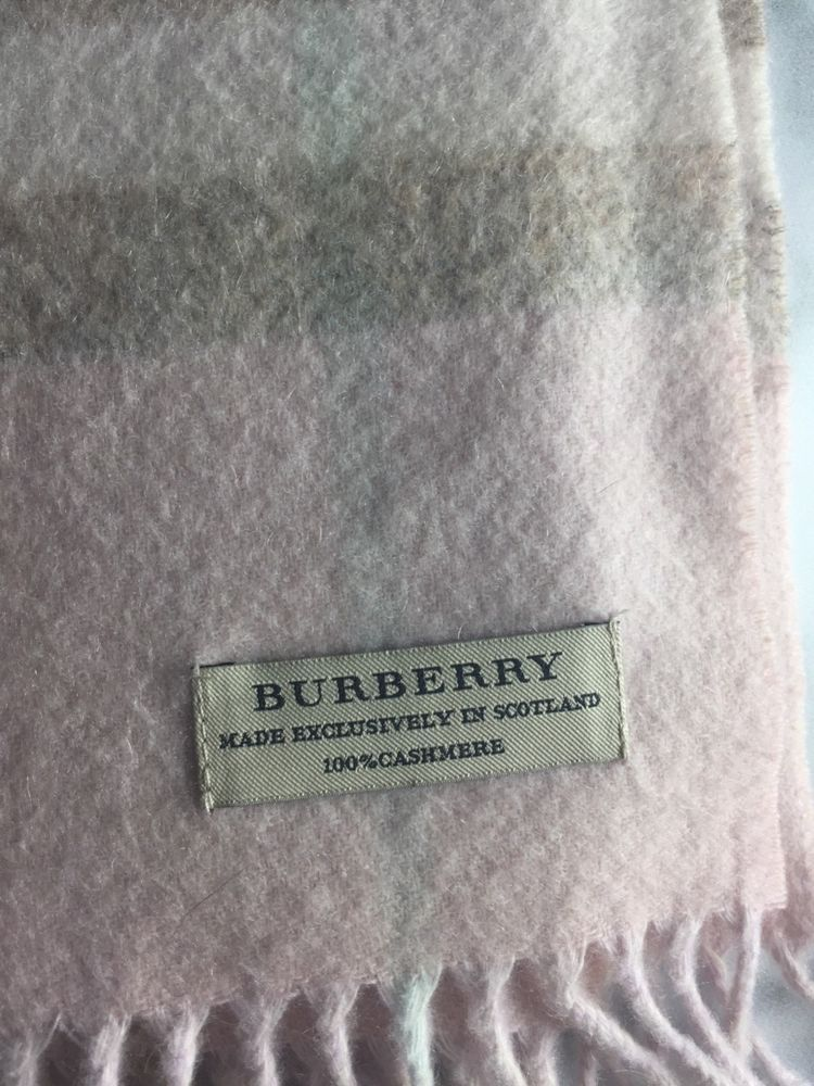 ab2c04444f863 100% Authentic Burberry Giant Icon Check Cashmere Scarf Color Pale Pink   fashion  clothing