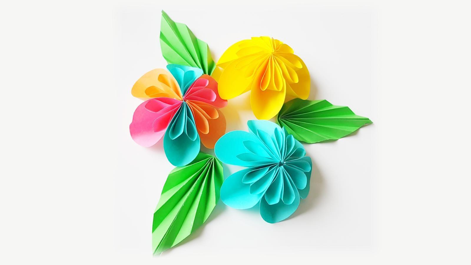 Diese schönen Blumen kann man ganz leicht selber basteln. Die ...