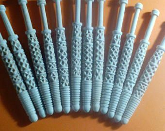 OFERTON 50 UNIDADES BOBBIN LACE. 50 BOLILLOS WATAMBU CON PUNTA LOTE   14 cm