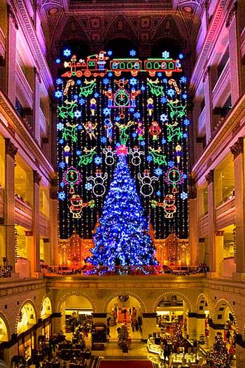 I miss this! Christmas lights at john wanamaker philadelphia ...