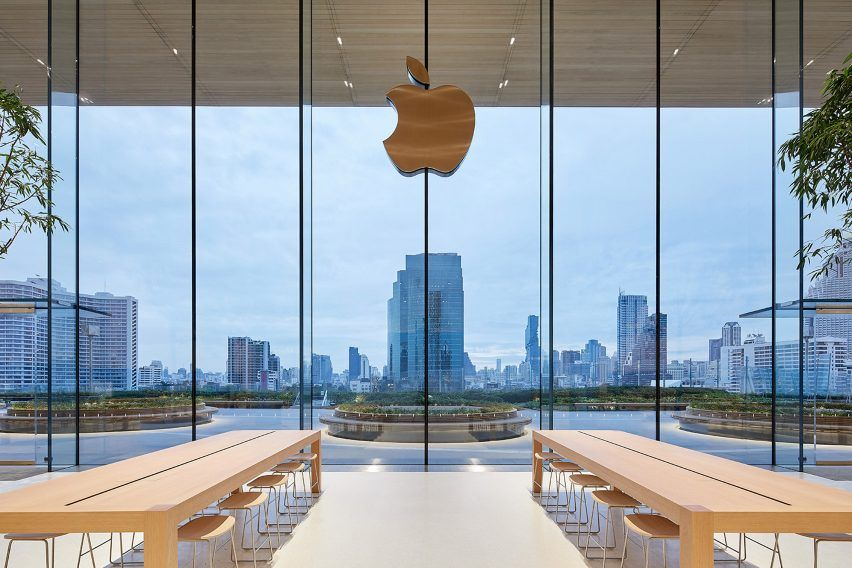 Foster Partner Completes Thailand S First Apple Store In Bangkok Foster Partners Apple Store Apple Store Design