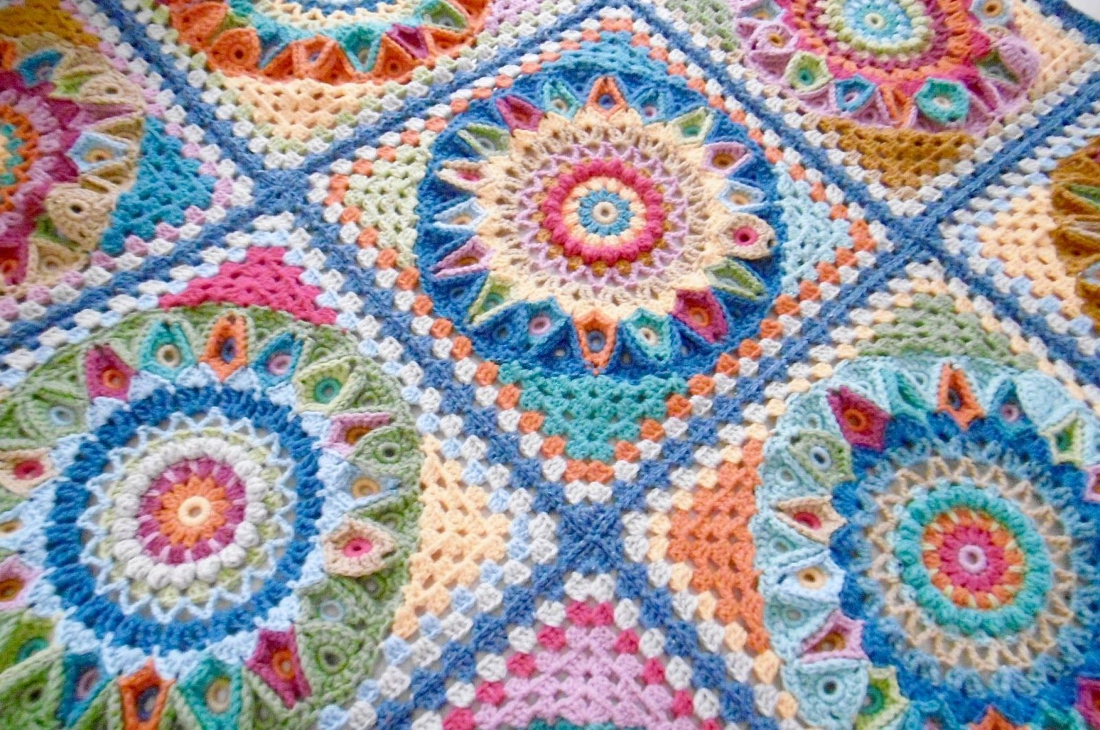 A blog about crochet colour with lots of free patterns yarny a blog about crochet colour with lots of free patterns bankloansurffo Choice Image