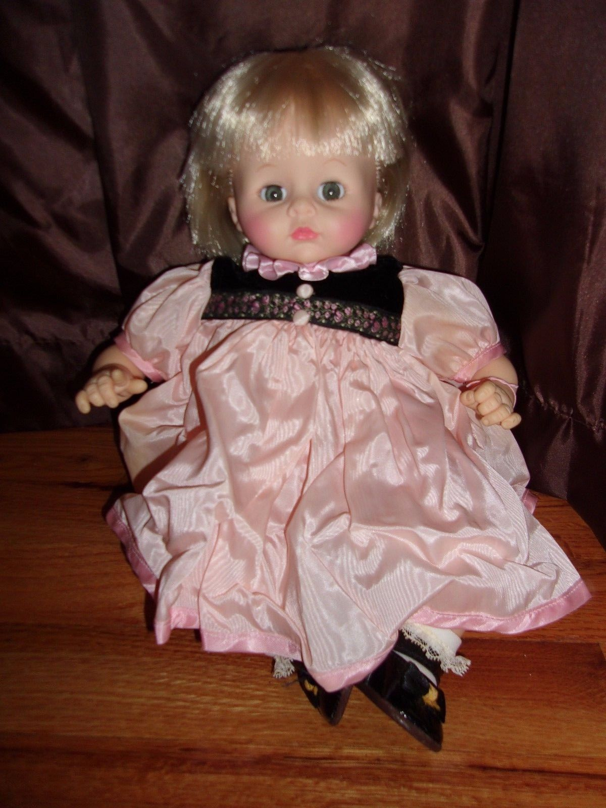 Uncategorized information about pussycat dolls - Vtg Madame Alexander 14 Pussy Cat Doll Blonde Hair Blue Pink Dress