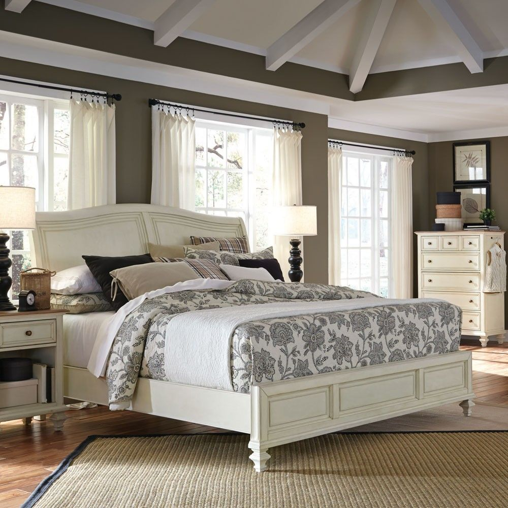 Cottonwood Sleigh Bed In Antique White By Aspenhome Small Master Bedroom Small Master Bedroom