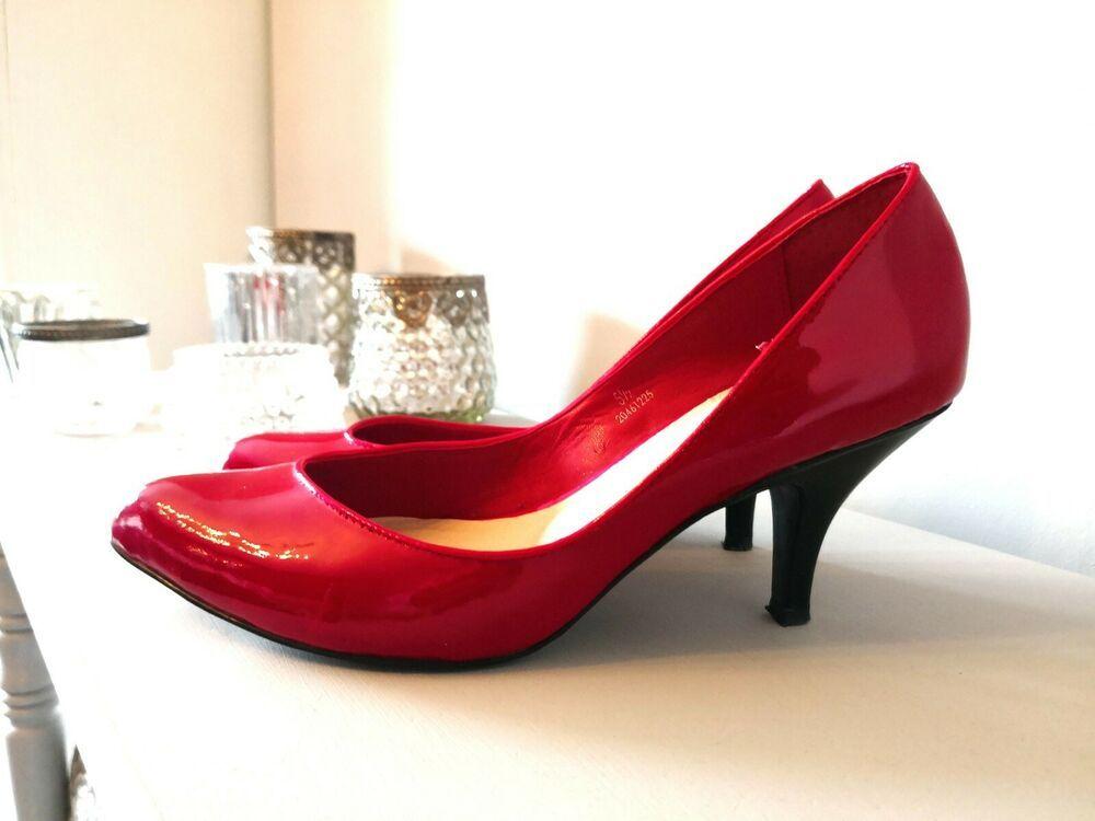874d09a1e2 M&S Twiggy Red Patent Kitten Heel Court Shoe Size 5 1/2 - Kitten Heels from  Ebay UK - #KittenHeels #heels 4.99 (0 Bids) End Date: Thursday Apr-4-2019  ...