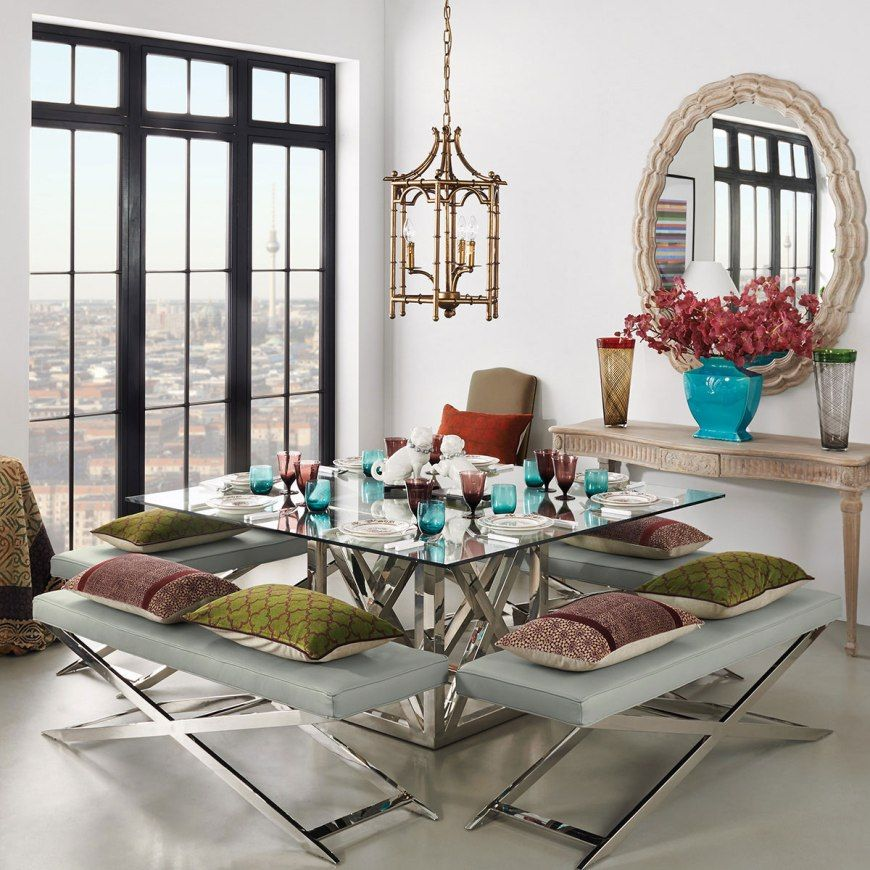 Square Plaza dining table