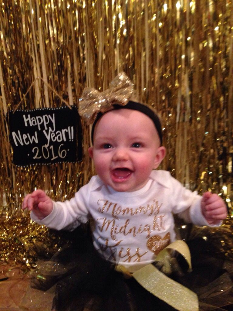 """Happiest baby! First """"New Year"""" Photoshoot. Tutu and bow"""