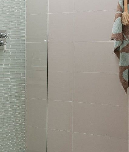 Regal™ Vanilla Polished Tile