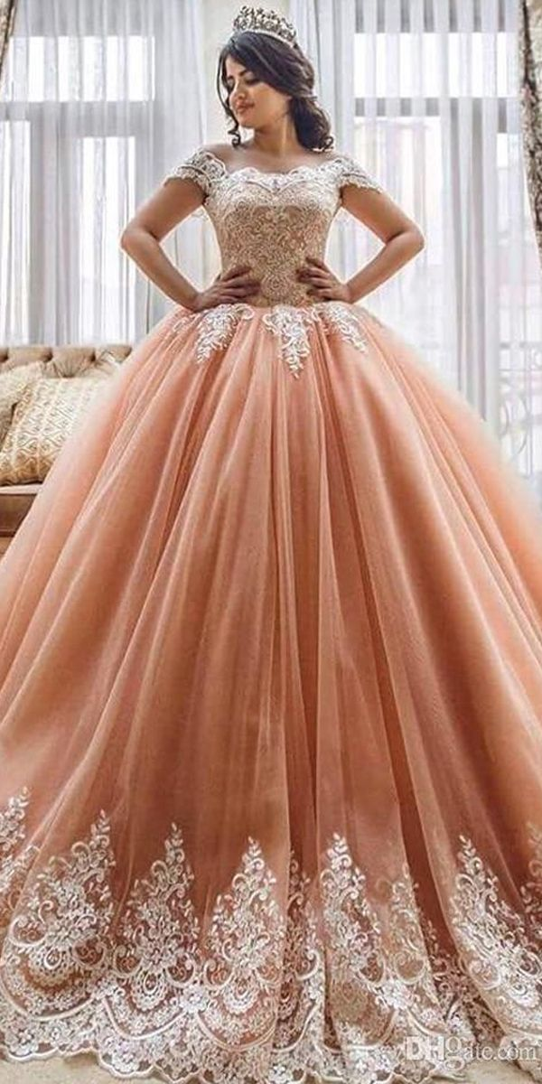 Lavish Tulle Jewel Neckline Ball Gown Wedding Dresses With