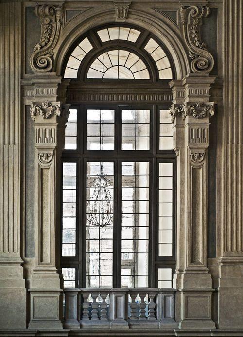 Paradiso Terestre Through The Architecture