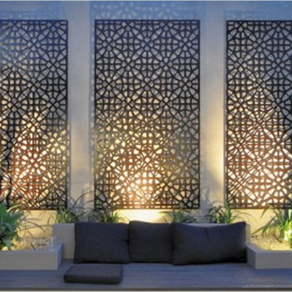 88+ DIY Simple Outdoor Wall Decorations Ideas - Philanthropyalamode.com | Popular Home Design -   22 garden design Wall art ideas