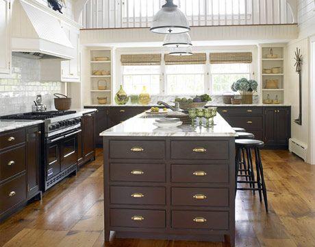Hardware Dark Lower Light Upper Cabinets Medium Floor