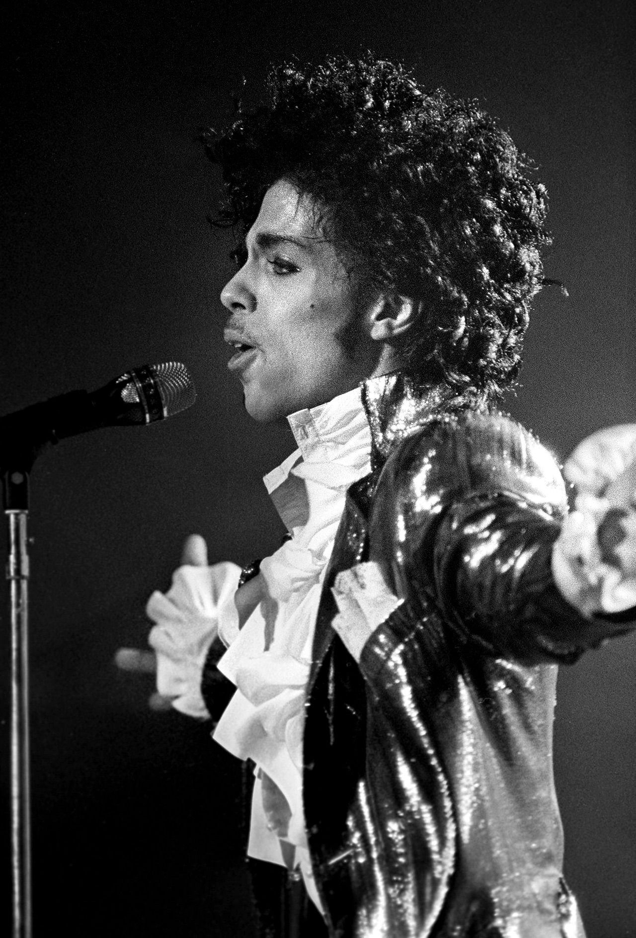 Prince Purple Rain Photos and Premium High Res Pictures - Getty Images