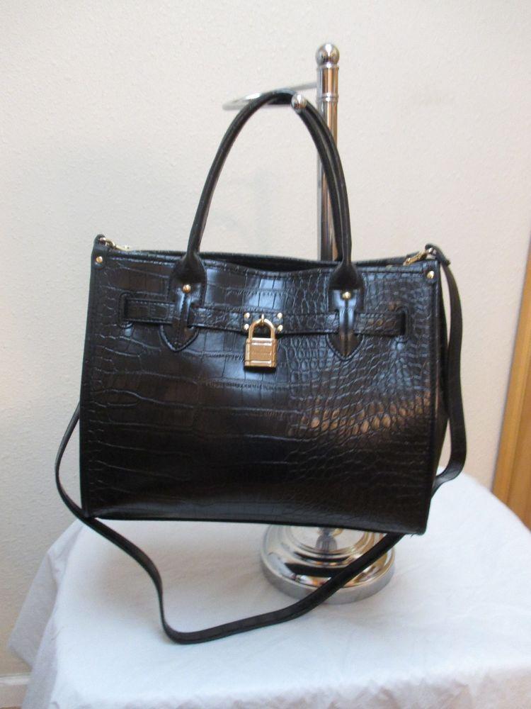 Bag Tommy Hilfiger Handbags Conv Shop 6931258 990 Black Gold Retail $118.00 #TommyHilfiger #ConvShop