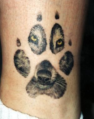 wolf_paw_tattoo.jpg 300×382 pixels