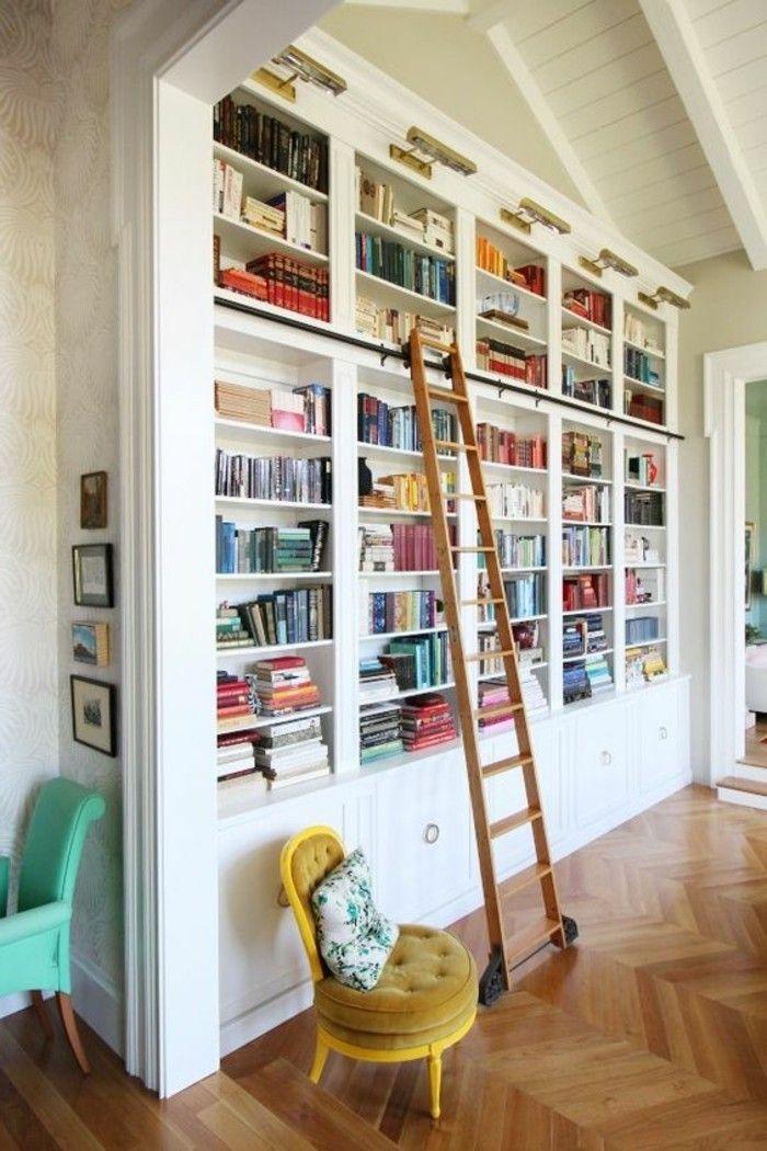 b cherregal mit leiter die b nde erreichen einrichtung bibliothek zuhause leiter. Black Bedroom Furniture Sets. Home Design Ideas