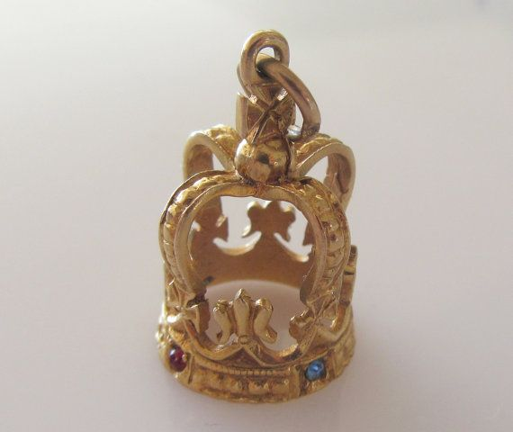 Hey, I found this really awesome Etsy listing at https://www.etsy.com/listing/238328122/large-9ct-gold-royal-crown-gem-set-charm