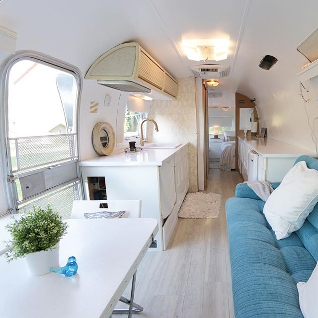 You know how I have posted a gajillion photos of the #Airstream renovation? I'm about to share a billion more.  Wanna see?! The BEFORE version was barf.  I knew you wouldn't be able to unsee THAT.  This AFTER version is way more fun.  My friend described