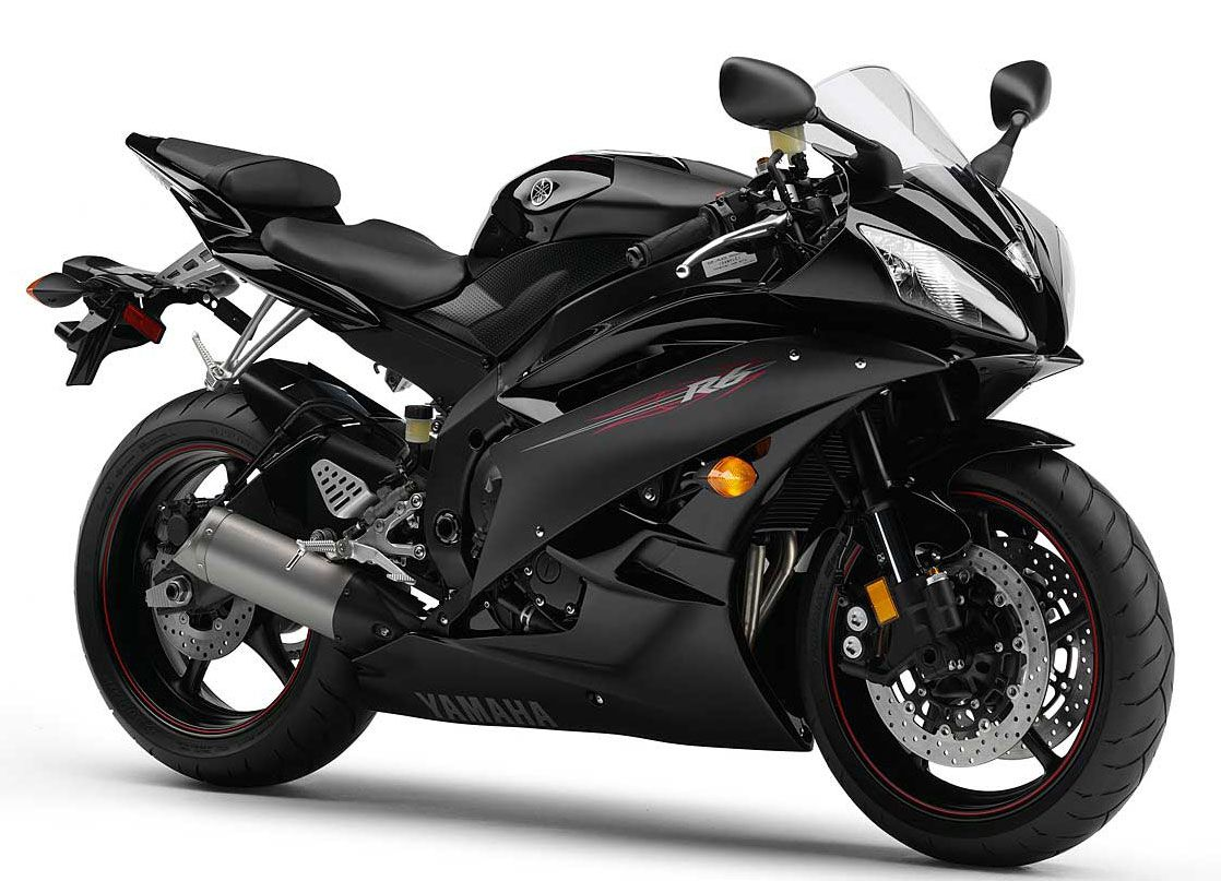Yamaha's R1 small sister: The R6  Direct competitor to the