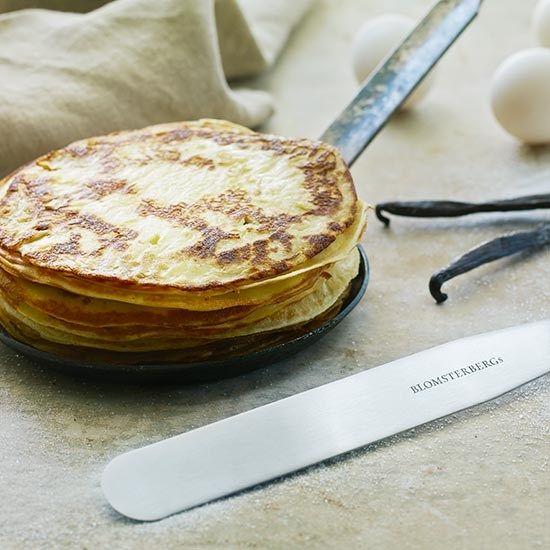 Pandekager | Prøv Mette Blomsterbergs opskrift på pandekager | Blomsterbergs pandekager ...