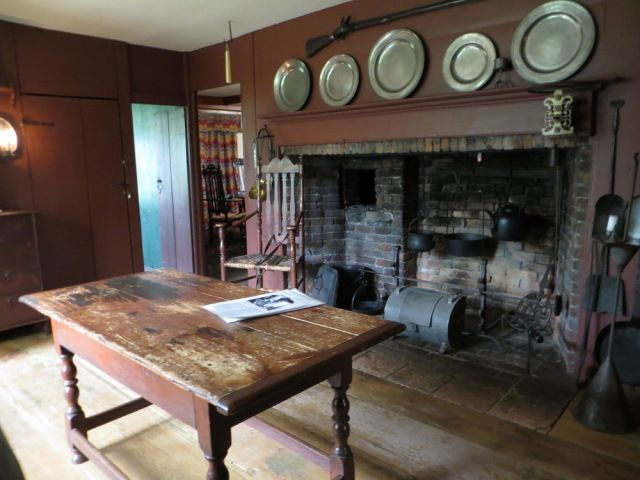 New england 090 pilgrim primitive colonial tudor pinterest