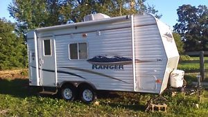 18ft Travel Trailer Travel Trailers Campers Owen Sound