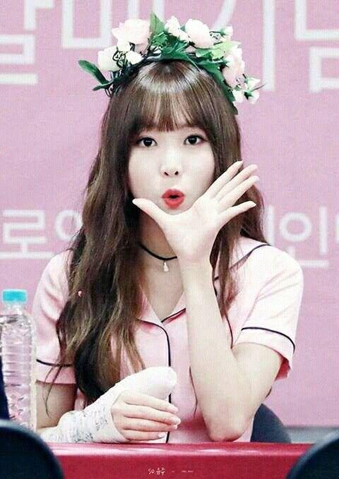Pin By Mina Meraki On Kpop Khiphop Ships 3 Kpop Girls Kpop Girl Groups Gfriend Yuju