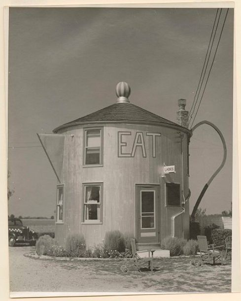 Coffee Pot Restaurant, 1939.