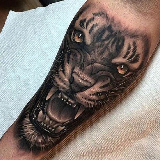 27 Tatuajes Tan Realistas Que Te Daran Ganas De Tocarlos Holahola Tatuajes Para Hombres En El Antebrazo Tatuajes De Animales Tatuaje De Tigre