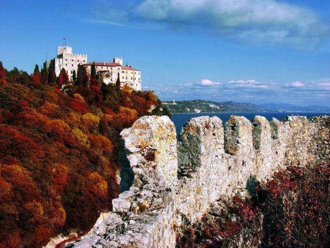 Risultati immagini per Trieste; il carso d'autunno