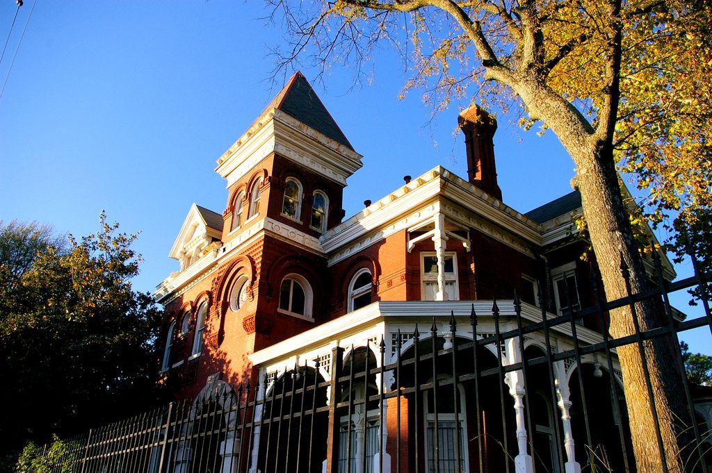 The Lowenstein House House House Built Terracotta