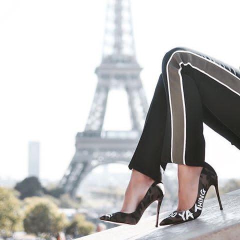 3688493cbd20a Beaut @eliggarcia explores chic Paris in the Dominya pumps.  #AldoGlobeTrotter #AldoCrew