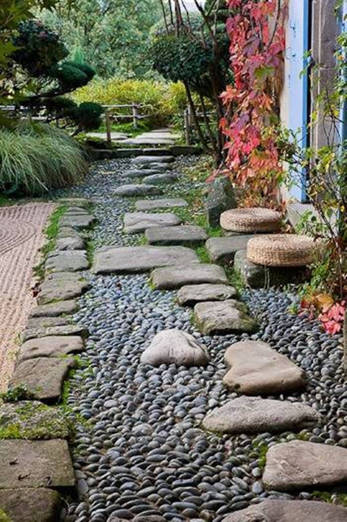 Garden And Lawn , Beautiful Garden Stepping Stones ...