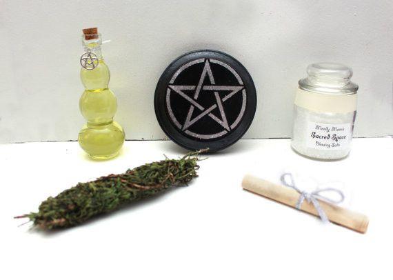 Wiccan Altar Basics