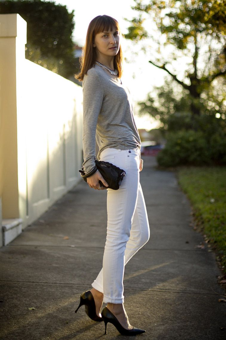 white skinny jeans and grey long sleeve top | White jeans & heels ...