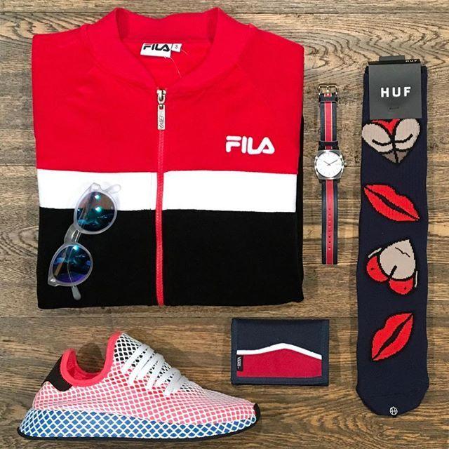 80a6de1c26db1 Lips   Featuring  Fila Nixon Huf Vans Adidas Super   Disponibili in store e  online