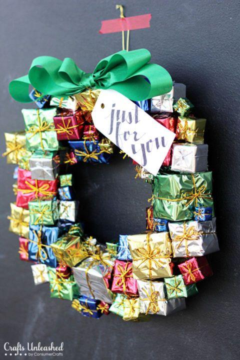 50 festive do it yourself christmas wreath ideas creative 50 festive do it yourself christmas wreath ideas solutioingenieria Image collections