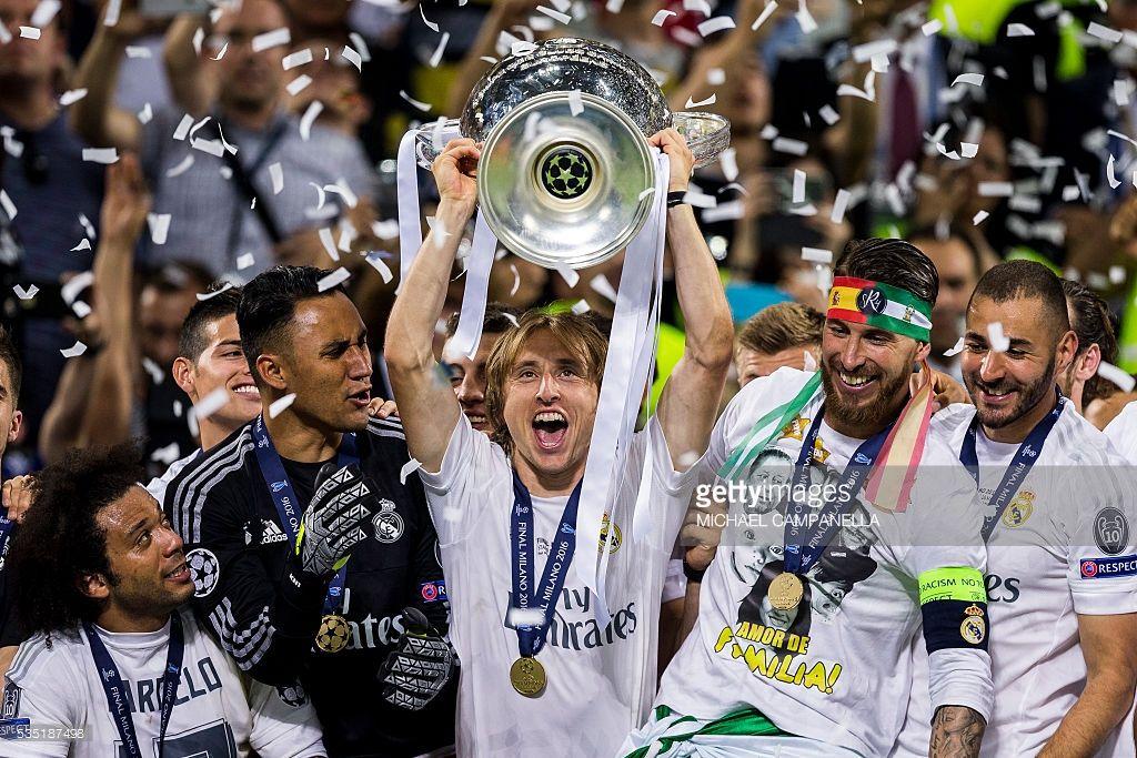 Real Madrid V Club Atletico De Madrid Uefa Champions League Final Photos And Premium High Res Pictures Uefa Champions League Club Atletico De Madrid Champions League Final