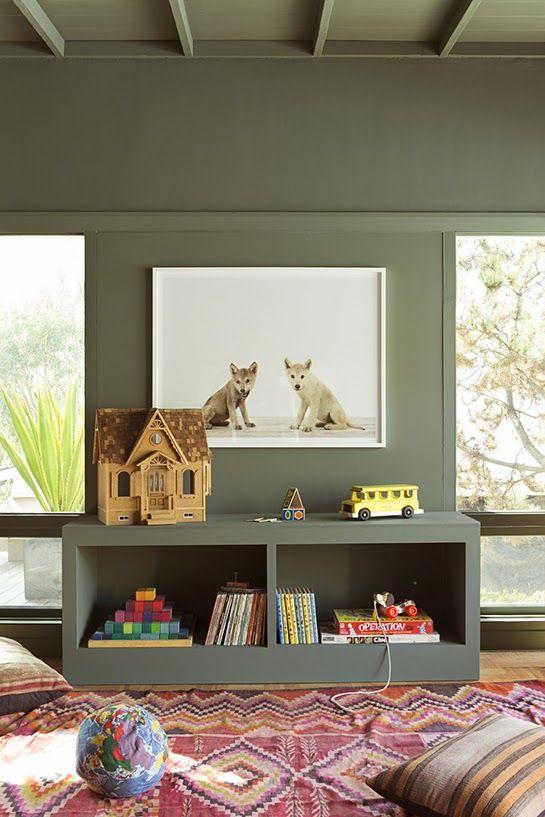 Une chambre d\'enfant en vert kaki | Kid decor, Children s and Khakis