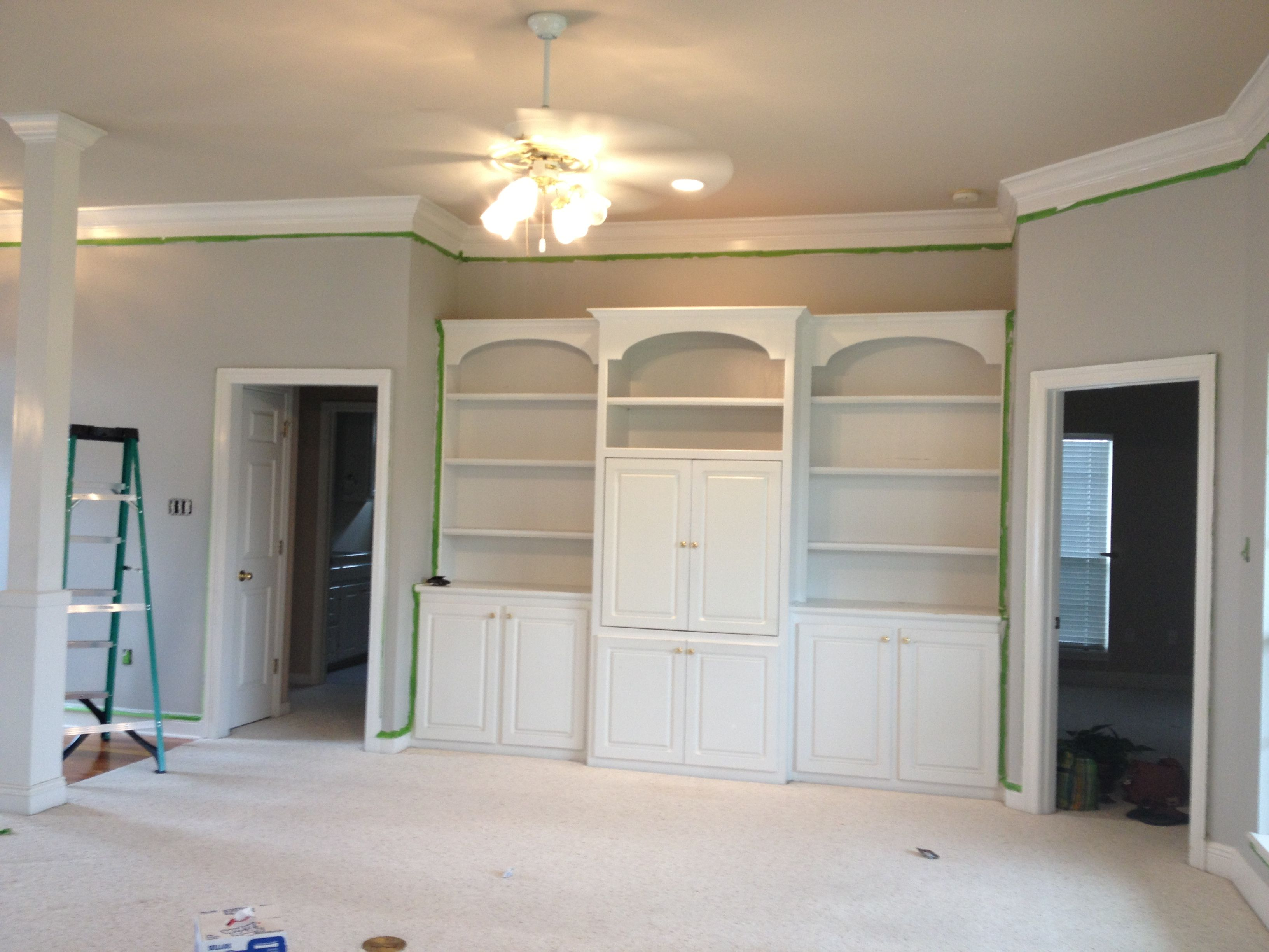 And the winner is...Sherwin Williams, Light French Gray