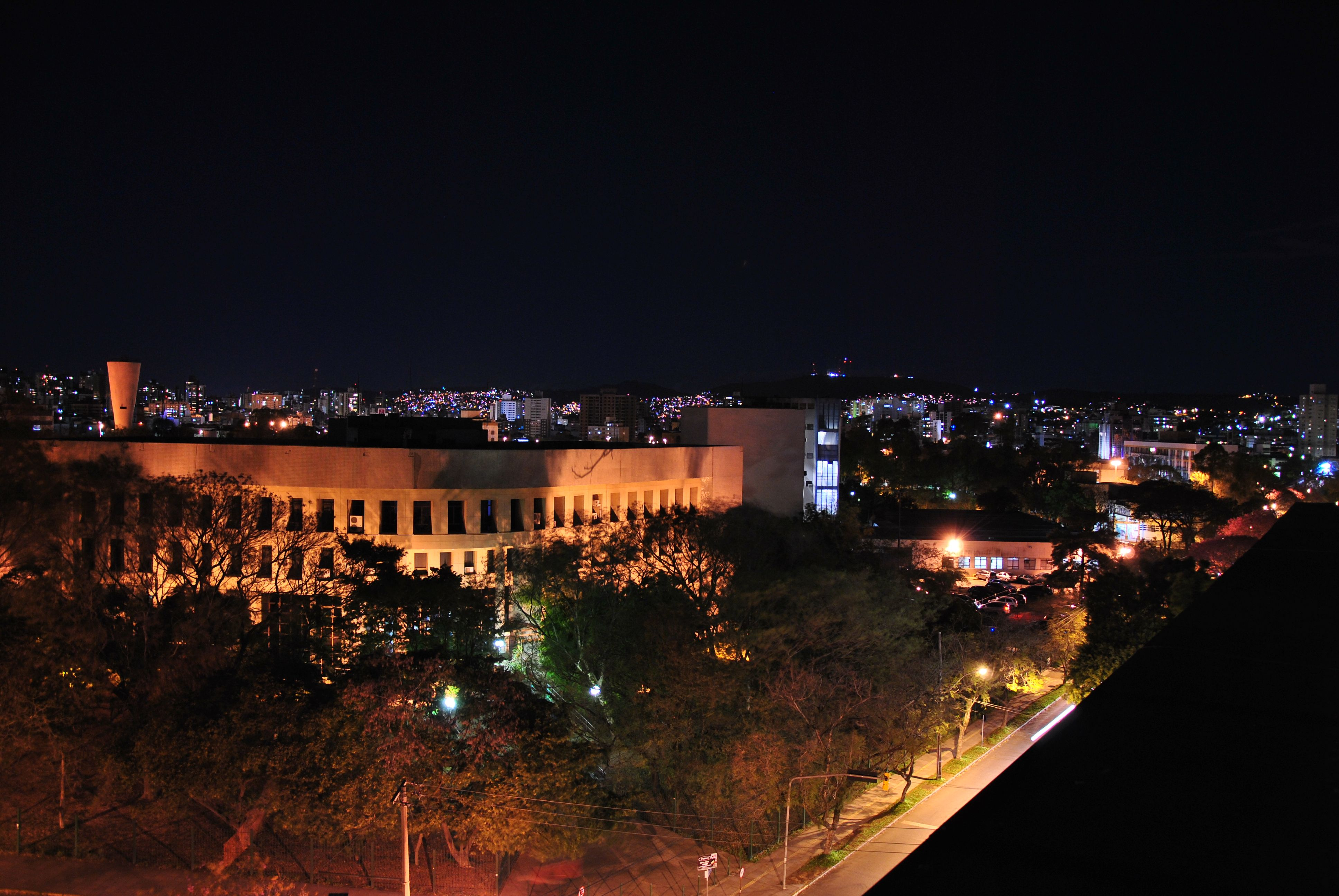 Porto Alegre, vista para a faculdade de medicina da UFRGS.