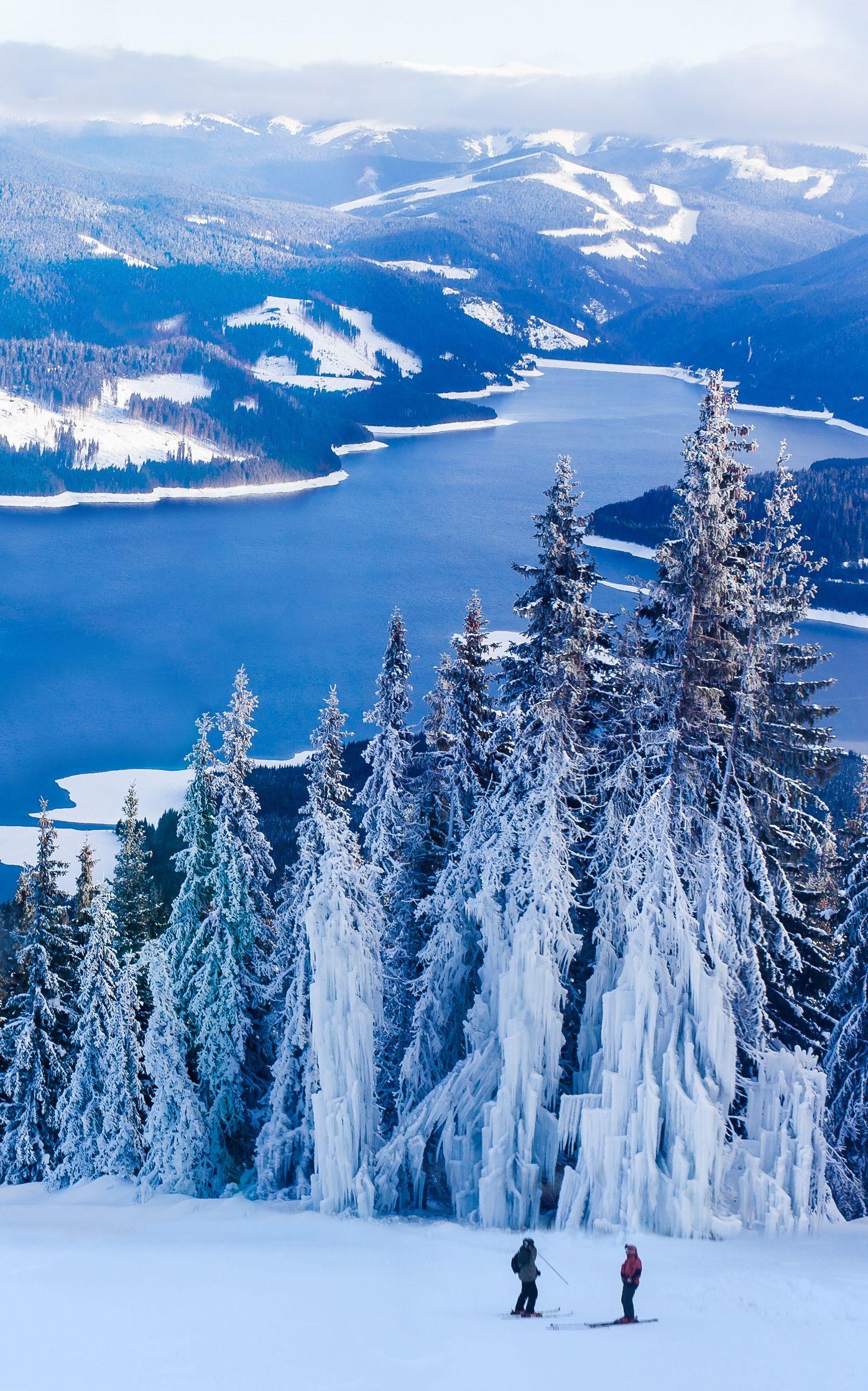 Vidra Lake Romania Travel Ski Resort