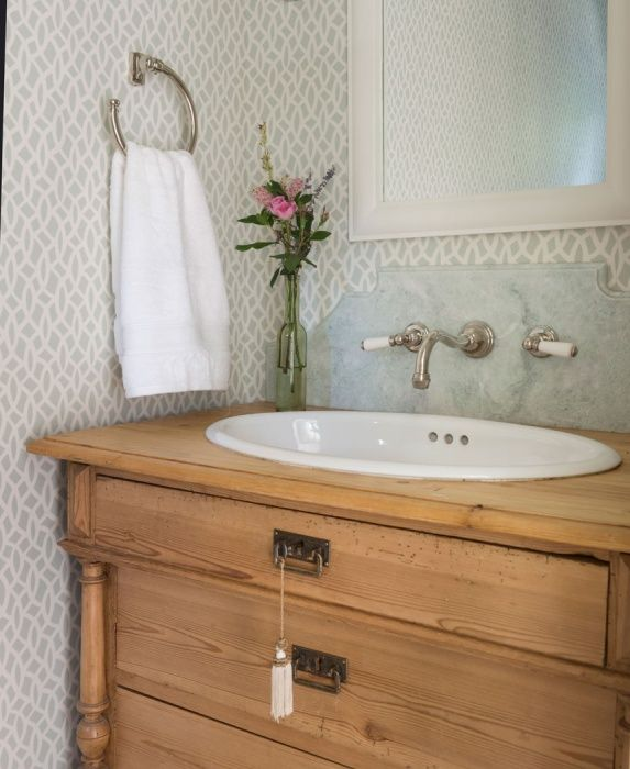 Custom Bathroom Vanities Ri bathroom - powder room - lavette - wallpaper - wall covering