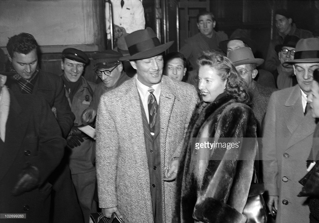 Years Since House Committee On Un American Activities Was Established Photos And Premium High Res Pictures Barbara Stanwyck Us Actress Actors